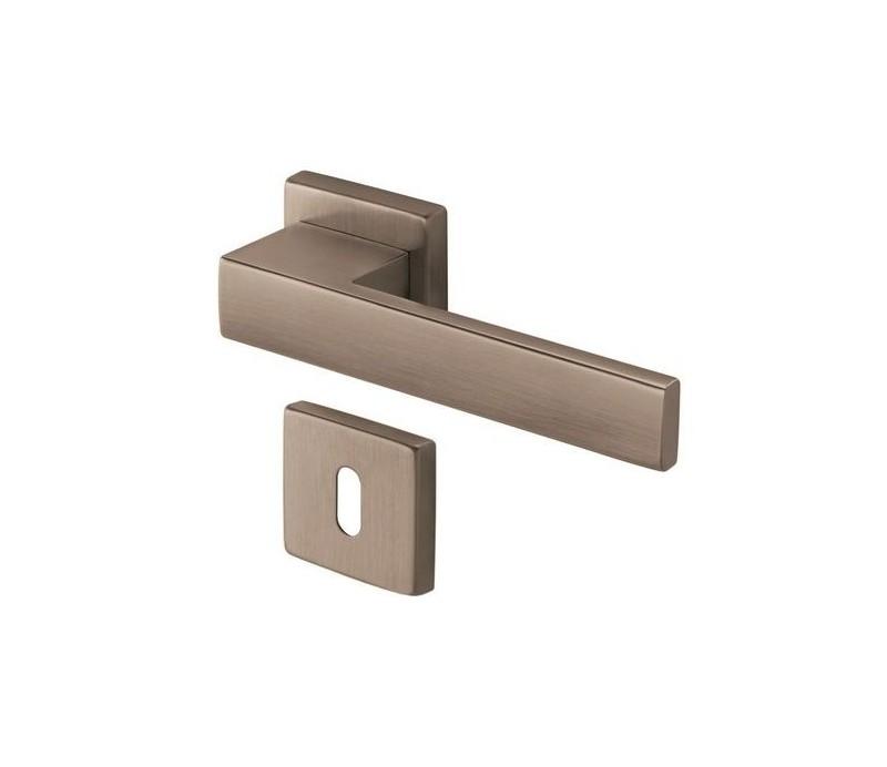 Interiérová kľučka COBRA 28-35-2 WC nikel matný