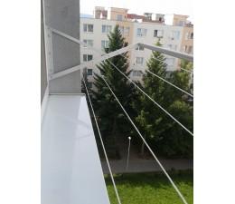 Okenný sušiak prádla pevný